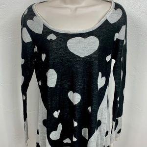 Style &Co. Women's Sweater Medium Hearts Blk & Wht